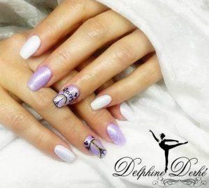 Création Nail Art Delphine Derhé Spoor ongles vernis paillette