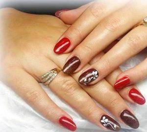 Création Nail Art Delphine Derhé Spoor ongles ovales chocolat