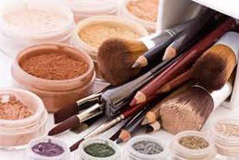 maquillage extension de cils Delphine Derhé Spoor esthéticienne à Méru